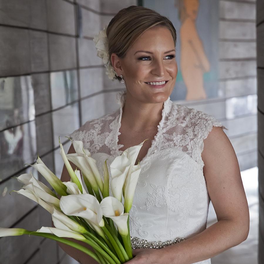 a924dbb2 Top 10 Wedding Flowers & Wedding Bouquet Tips! | True Bride