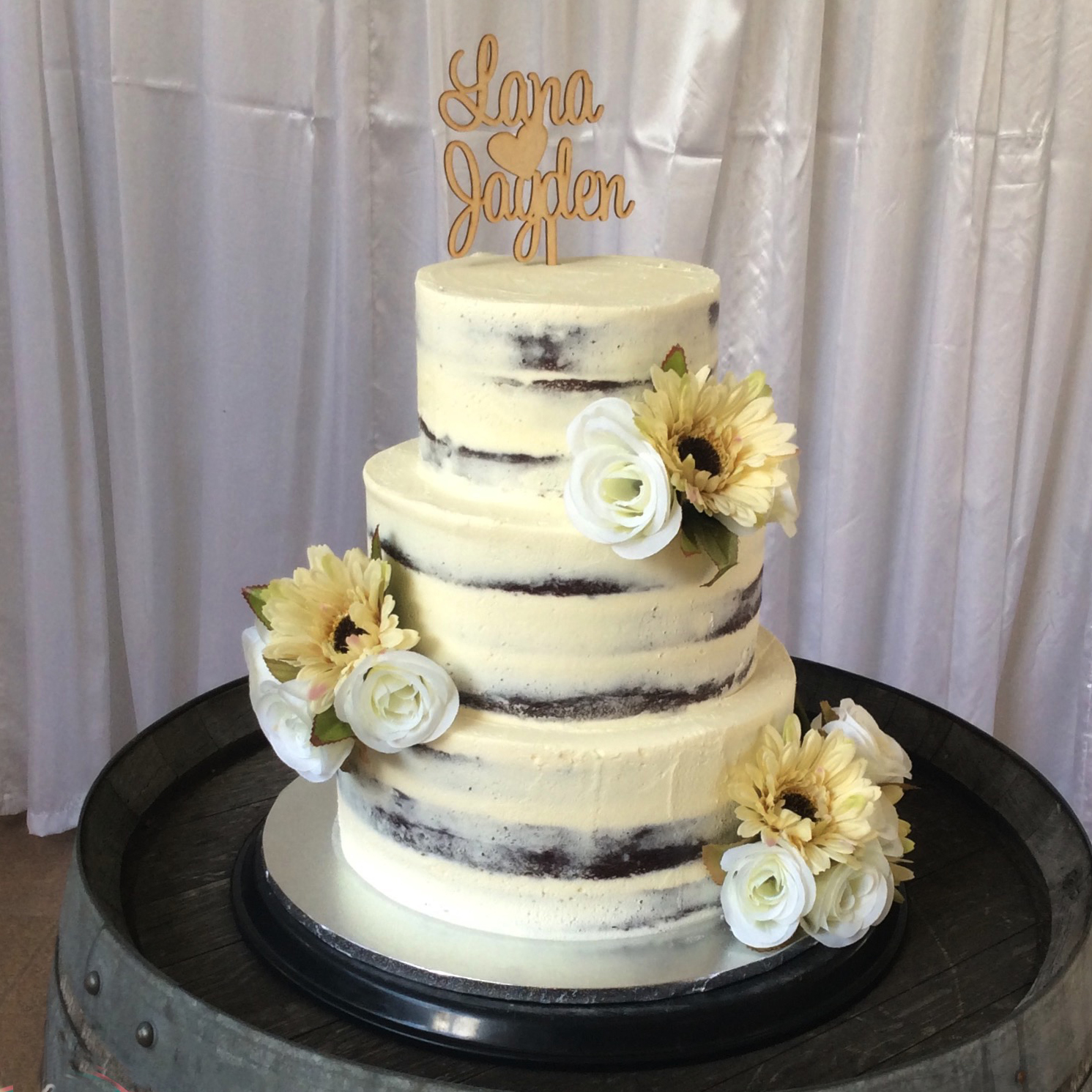 Wedding cakes brisbane gold coast