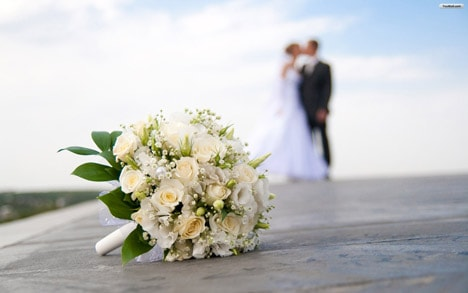 Selecting Wedding Flowers